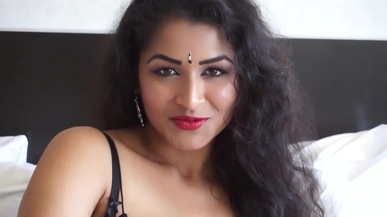 हिंदी में सेक्सी पिक्चर वीडियो